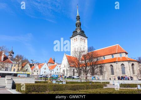 Tallinn, Estonia - May 2, 2016: Group of tourists near Niguliste or St. Nicholas Church in Tallinn - Stock Photo