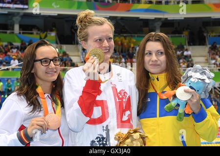 Rio de Janeiro, Brazil. 14th Sep, 2016. (L-R) Maria Delgado Nadal (ESP), Hannah Russell (GBR), Yaryna Matlo (UKR) - Stock Photo