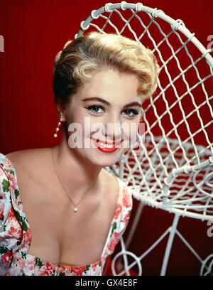 SHIRLEY JONES  US singer and film actress about 1968 - Stock Photo