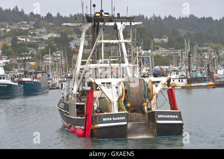 Fishing boats port of newport oregon usa stock photo for Oregon free fishing