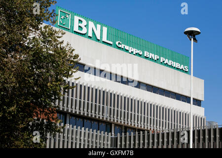 Banca Nazionale Di Lavoro Trieste : Banca nazionale del lavoro building in the district of rome known as