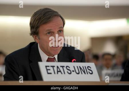 U.S. Assistant Secretary of State for Democracy, Human Rights, and Labor Michael Posner participates in discussions - Stock Photo