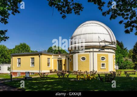 Sternwarte Hamburg, Gebäude des 1-m-Spiegelteleskops in Bergedorf, Hamburg, Deutschland, Europa - Stock Photo