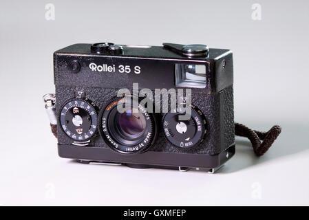 Rollei 35S classic 35mm film camera - Stock Photo