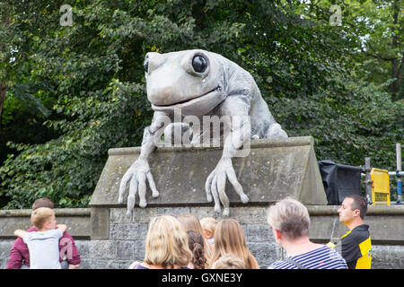 Cardiff, Wales, UK. 17th September, 2016. Thousands of people gathered for the 'City of the Unexpected' Roald Dahl - Stock Photo