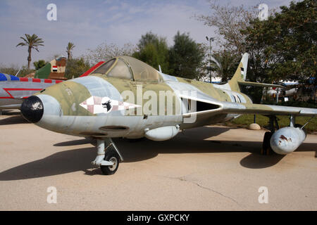 Jordan Air Force Hawker Hunter fighter jet on display in the Hatzerim Airforce Museum in Beersheba, Israël - Stock Photo