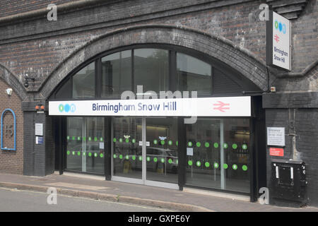 snow hill railway station birmingham - Stock Photo