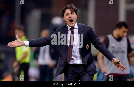 Genoa, Italy. 16th Sep, 2016. Vincenzo Montella gestures during the Serie A football match between UC Sampdoria - Stock Photo