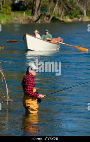 Flyfishing on McKenzie River with drift boat, Power Canal EWEB Access Site, Lane County, Oregon - Stock Photo