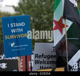 London, UK. 17th Sept, 2016. Protester in Whitehall  for the   'refugees Welcome' protest Credit:  Ian Davidson/Alamy - Stock Photo