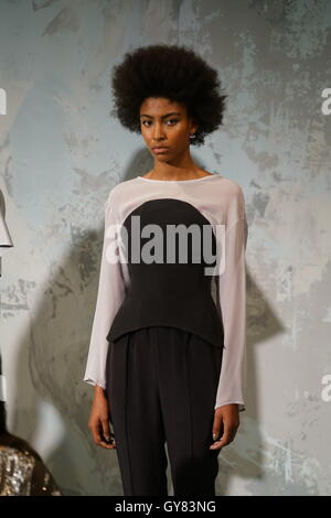 London, UK. 17th Sept, 2016: Model wearing Milo Maria Spring Summer 2017 lastest collcetion showcases at the HPR - Stock Photo