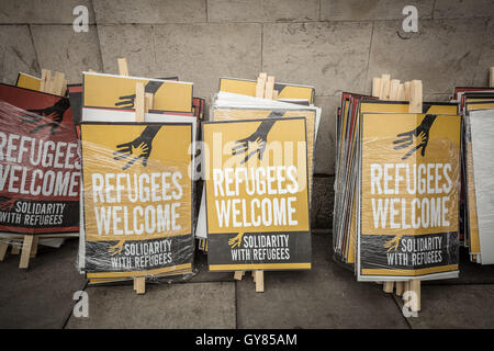 London, UK. 17th Sept, 2016. Refugees Welcome Here mass protest march to Parliament Square in Westminster Credit: - Stock Photo