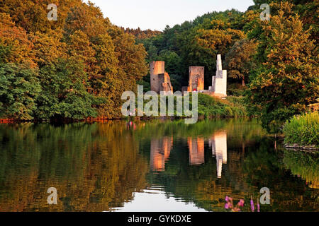 Ruhr river and Hardenstein castle ruin, Germany, North Rhine-Westphalia, Ruhr Area, Witten - Stock Photo