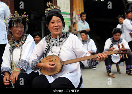 China. 19th Sep, 2016. Guizhou, CHINA-September 17 2016: (EDITORIAL USE ONLY. CHINA OUT) .A woman of Dong minority - Stock Photo