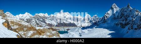 Everest view big size panorama from Renjo la pass in Himalayas, Nepal. Gokyo lake - Stock Photo