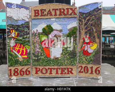 A well dressing at the pump at the Market Place in Chesterfield depicting the 150th anniversary of the birth of - Stock Photo