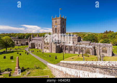 St Davids Cathedral, Pembrokeshire Coast National Park, Pembrokeshire, Wales, United Kingdom, Europe. - Stock Photo