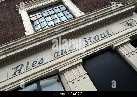 The Jubilee Pub, Ales & Stout building, Somers Town, Euston,Camden, London - Stock Photo