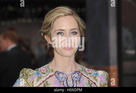 London, UK. 20th Sep, 2016. Emily Blunt attends the World Premiere of 'The Girl On The Train' at Odeon Leciester - Stock Photo