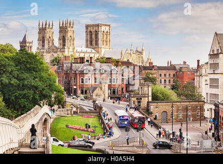York City Centre, Minster and Wall, North Yorkshire, England, UK - Stock Photo