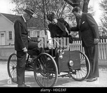Henry Ford And Wife