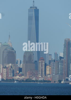 One World Trade Center, formerly known as 'Freedom Tower', designed by Architect David Childs - Stock Photo