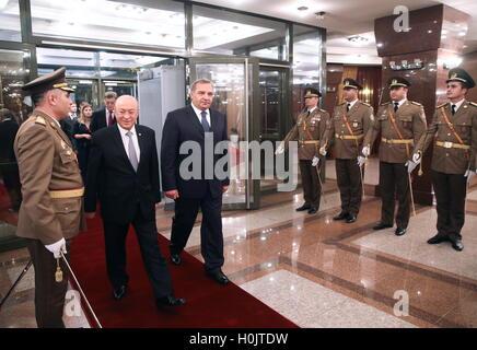 Baku, Azerbaijan. 20th Sep, 2016. Azerbaijan's Emergency Situations Minister Kamaladdin Heydarov (L centre) and - Stock Photo