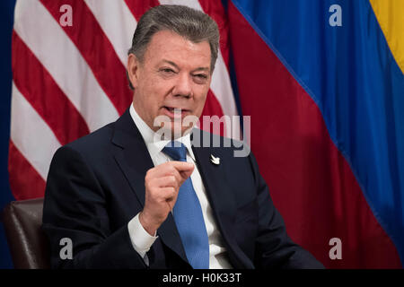 New York, USA. 21st September, 2016. President of Colombia Juan Manuel Santos speaks during a bilateral meeting - Stock Photo