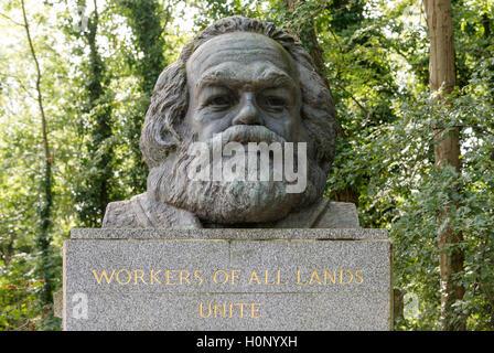 Grave of Karl Marx, bust, Highgate Cemetery, London, England, United Kingdom, United Kingdom - Stock Photo