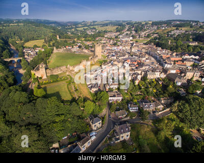Richmond North Yorkshire aerial scene showing the Castle, Town, River Swale and Market Place - Stock Photo