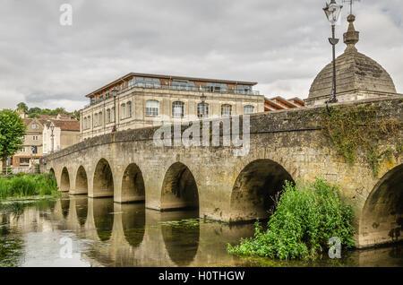 Bridge over river, Bradford-on-Avon, Wiltshire, England - Stock Photo