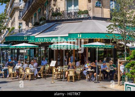 The famous Les Deux Magots café, Place Saint-Germain-des-Prés, Paris, France - Stock Photo