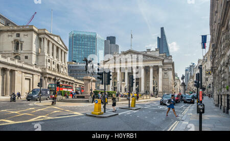 Great Britain, England, City of London, Bank junction with view of the Bank of England and the Royal Exchange - Stock Photo