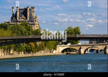 Paris, France. View from a boat on the river Seine. View east with Passerelle Léopold-Sédar-Senghor footbridge, - Stock Photo