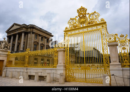 The Palace of Versailles, or simply Versailles, is a royal château close to Paris, France. Pavillon Gabriel in the - Stock Photo
