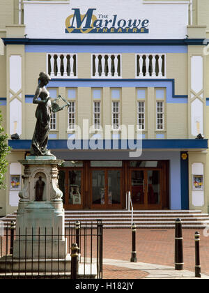 Memorial to dramatist Christopher Marlowe in front of the old Marlowe Theatre which was demolished in 2009 and rebuilt. - Stock Photo