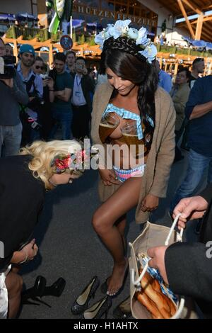 22th September 2016 - Photocall from Micaela Schaefer and Yvonne Woelke gets interrupted by police at Oktoberfest - Stock Photo
