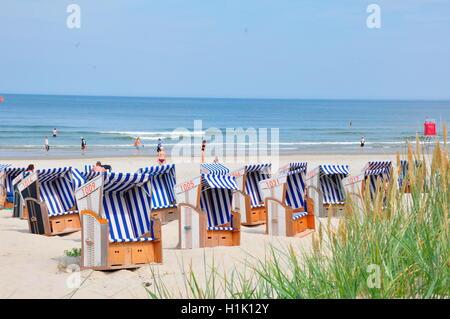 Strand, Sommer, Strandkoerbe, Urlaub, Nordsee, Norderney, Wattenmeer, Deutschland - Stock Photo
