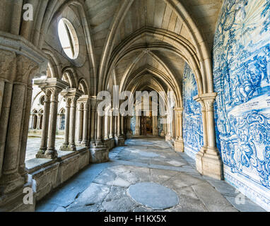 Cloister in Porto Cathedral with Azulejo tiles, Barredo District, Porto, Portugal - Stock Photo