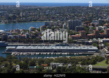 The Finger Wharf or Woolloomooloo Wharf is a wharf in Woolloomooloo Bay, Sydney, Australia. The structure is the - Stock Photo