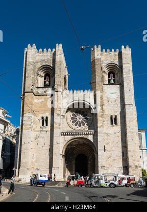 Catedral Sé Patriarcal, Lisbon Cathedral, historic centre, Lisbon, Portugal - Stock Photo