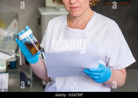 Anatomopathology diagnosis of a vesicle, Angouleme hospital laboratory, France. - Stock Photo
