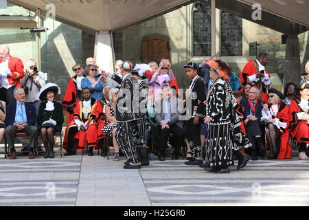 London, UK. 25th September, 2016. On the last Sunday in September the Pearly Kings and Queens of London's Costermongers - Stock Photo