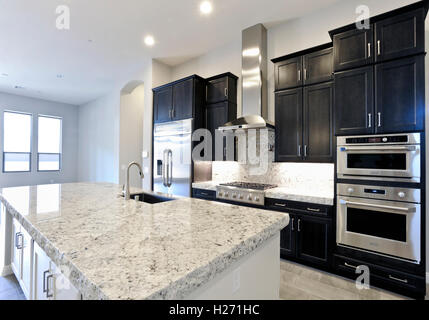 Residential contemporary kitchen - Stock Photo