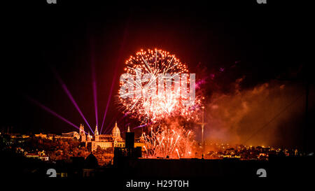Barcelona, Spain. 25th Sep, 2016. The fireworks of the traditional 'Piromusical' in front of the 'Palau Nacional' illuminate Barcelona's night sky as they close the 'Merce' city festival Credit:  matthi/Alamy Live News