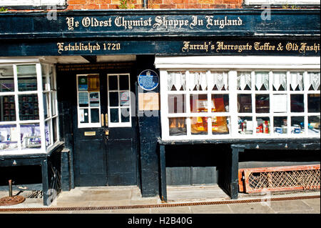 Ye Oldest Chemist Shop in England, Knaresborough - Stock Photo