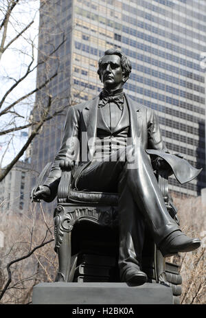 Statue of american statesman William Henry Seward (1801-1872) by Randolph Rogers (1825-1892). Madison Square Park. - Stock Photo