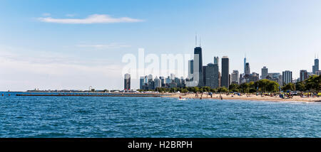 Lake Michigan, Chicago skyline in the distance, Chicago, Illinois, USA - Stock Photo