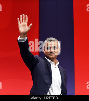 Liverpool, UK. 27th September, 2016. Sadiq Khan Mayor of London addresses the Labour Party Delegation at their conference - Stock Photo