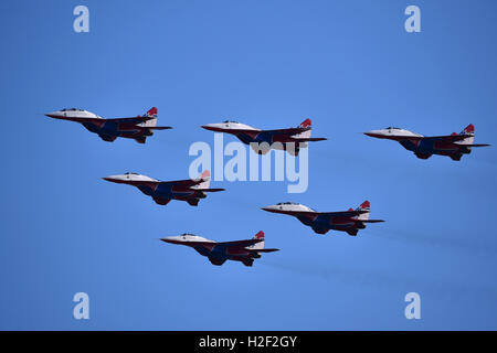 Zhuhai, China's Guangdong Province. 28th Oct, 2016. Russian jet fighters MiG-29 of the Russian aerobatic team 'Swifts' - Stock Photo